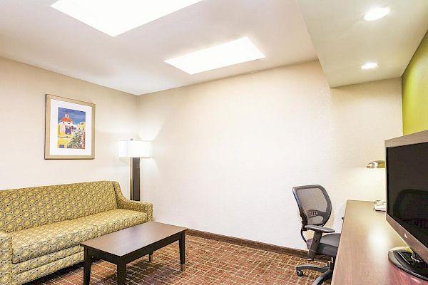 La Quinta Inn & Suites San Diego Old Town/Airport